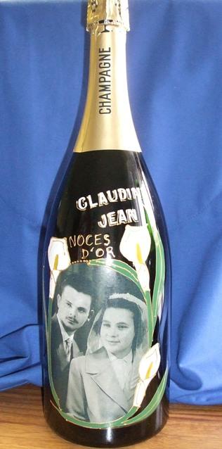 Bouteille de champagne peinte avec photo pour mariage naissance anniversaire cadeau for Peinture sur parpaing brut